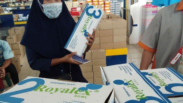 Penjualan Barang Pecah Belah Naik, Kedaung Tambah Stok Jelang Ramadan