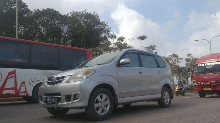 H-3 Lebaran Kendaraan Plat B Mendominasi Tiba di Palembang