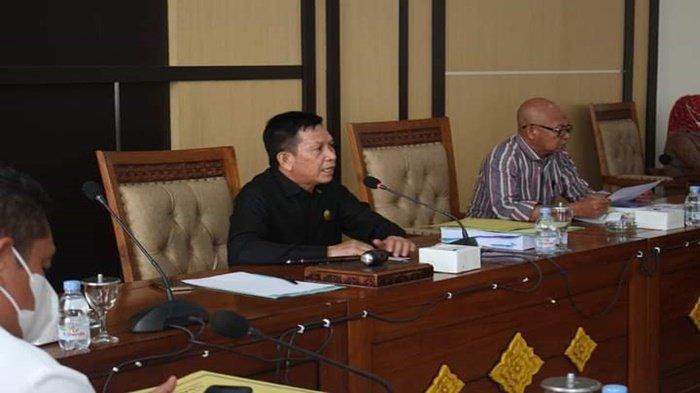 Ketua DPRD OI Suharto Pimpin Rapat Pembahasan KUA-PPAS APBD Perubahan Pemda OI Tahun Anggaran 2021