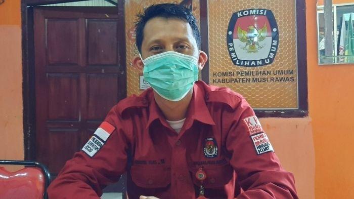 KPU Kabupaten Musirawas Serahkan Hasil Audit Dana Kampanye ke Paslon