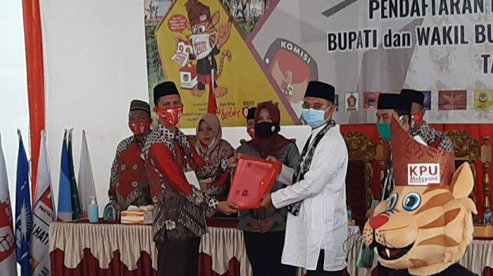 KPU Musirawas Terima Pendaftaran Paslon Bupati dan Wakil Bupati H Hendra Gunawan - H Mulyana