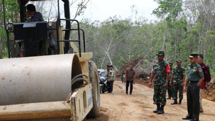 Brigjend TNI Sudarto Harapkan Ekonomi & Kesejahteraan Masyarakat Meningkat Lewat TMMD