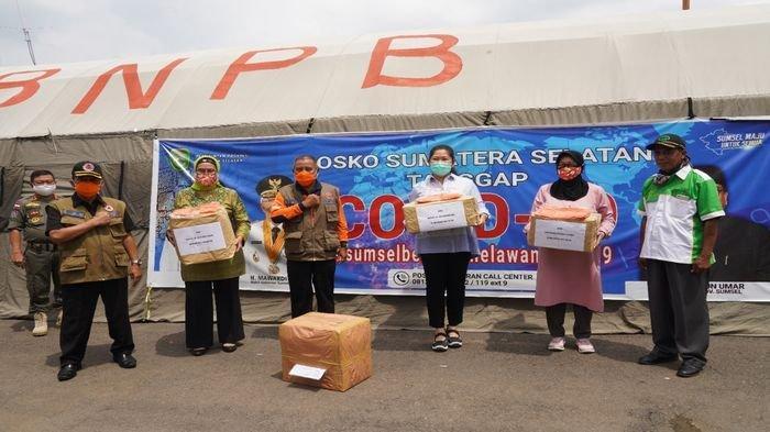TP PKK Sumbang APD dan Ribuan Masker ke Pemprov Sumsel, Buka Dapur Umum Sediakan Nasi