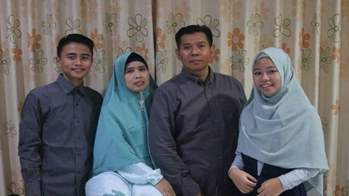Khikman Faqih dan keluarga