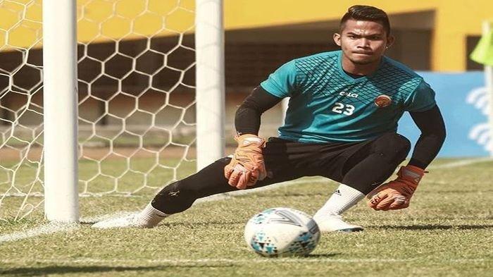 BREAKING NEWS: Kiper Sriwijaya FC Mendadak Mengundurkan Diri, Ferry Rotinsulu Ungkap Kronologinya