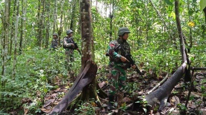 SEMBUNYI di Perkampungan, TNI-Polri Sergap Penyerang 4 Prajurit Pos Koramil Kisor: 3 Tertangkap
