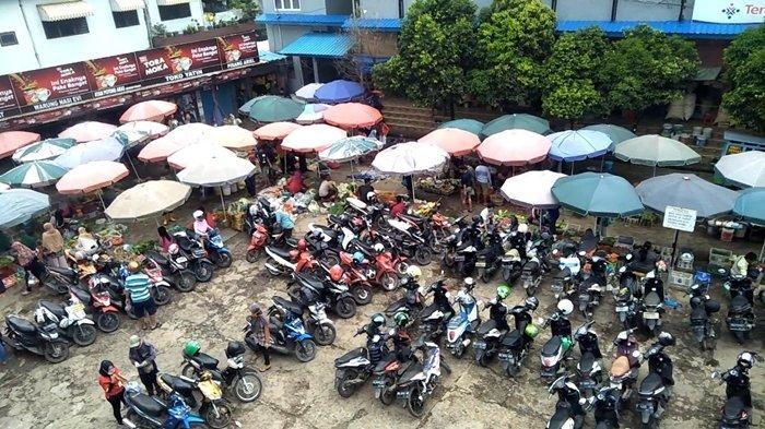 Libur Hari Raya Nyepi, Sejumlah Warga di Palembang Borong Sembako dan Bumbu Dapur