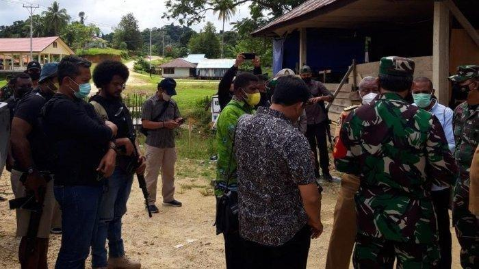 INFO Terbaru, Terungkap Identitas 20 Penyerang 4 Prajurit TNI, Pasukan TNI-Polri Sisir Persembunyian