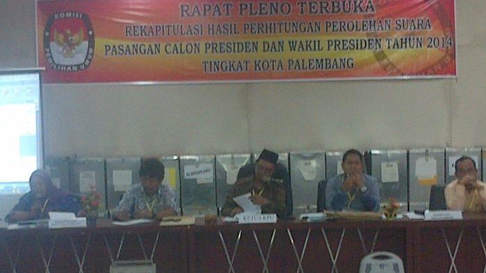 Rekapitulasi 16 Kecamatan di Palembang, Prabowo-Hatta Unggul