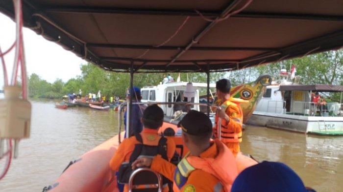 Kecelakaan Maut Speedboat di Upang Banyuasin, Tim Gabungan Basarnas Evakuasi Korban