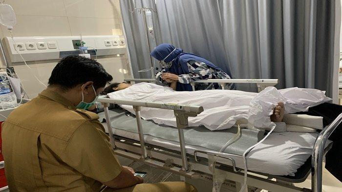 Lolos dari Maut, Mahasiswi S2 Unsri Alami Patah Kaki, Korban Kecelakaan di Tol Palembang-Kayuagung