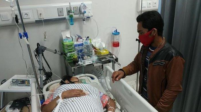 Seorang Perempuan Hamil 8 Bulan tak Sadarkan Diri,  Tertabrak Motor di Depan Pasar Km 5 Palembang