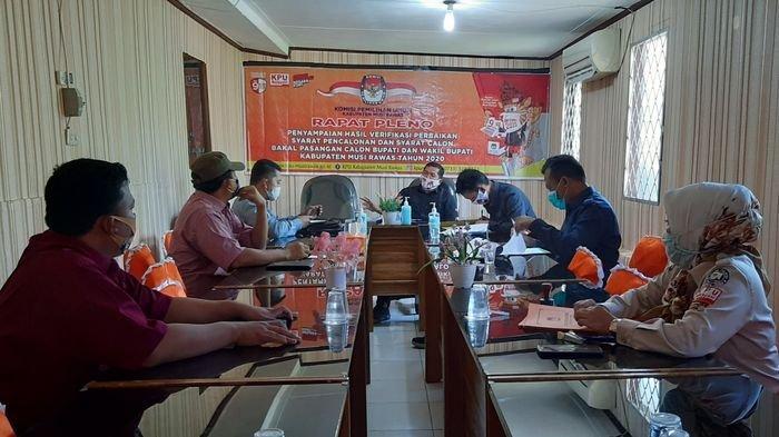 KPU Musirawas Gelar Pleno Hasil Perbaikan Syarat Paslon, Apandi : Semua Paslon Memenuhi Syarat