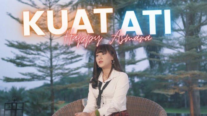 Download Lagu Kuat Ati - Happy Asmara, Lengkap Lirik & Kunci Gitar, Sayang Yakinlah Suatu Saat Nanti