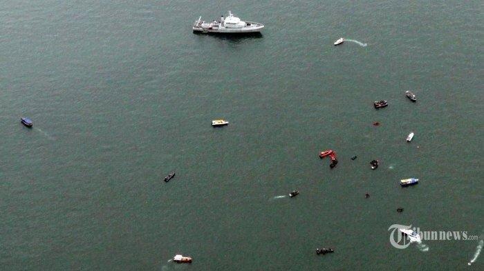 UANG dan BAGIAN Tubuh Korban Sriwijaya Air SJ 182 Mulai Bermunculan, Mengambang di Laut
