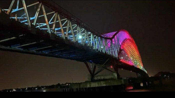 Bak Pelangi di Malam Hari, Lampu LED Warna Warni Jembatan Musi VI Palembang Akan Selalu Dinyalakan