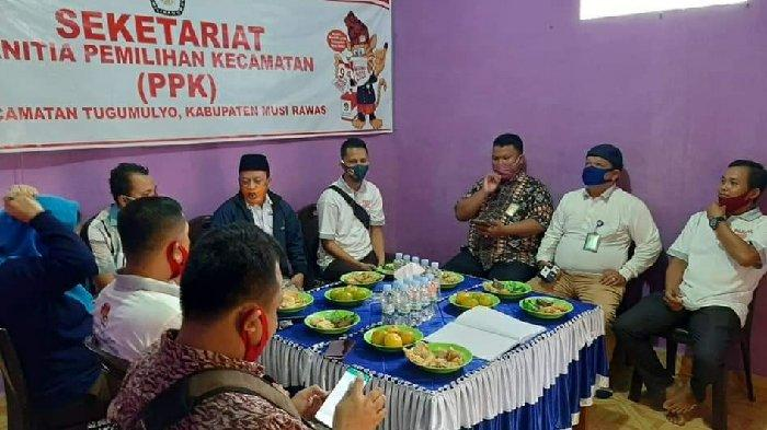 KPU Musirawas Dampingi Komisioner KPU Sumsel Monitoring Verfak Calon Perseorangan di Tugumulyo