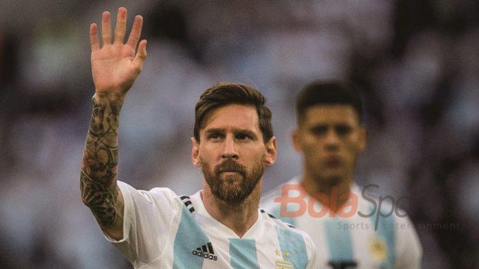 Terungkap! Ternyata Ini Misteri di Balik Kaos Kaki Lionel Messi, Ada Pita Berwarna Merah