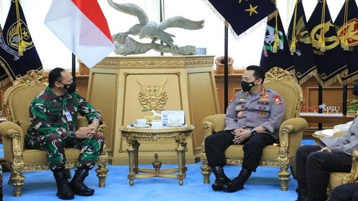 Targetkan 2 Pekan Ini Kasus Covid-19 Turun, Kapolri Listyo Sigit Kunjungi Markas TNI Angkatan Udara