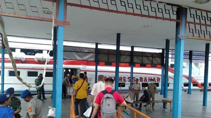 Jelang H-5 Lebaran , Pelabuhan Boom Baru Terjadi Lonjakan Penumpang Dari Bangka Menuju Palembang