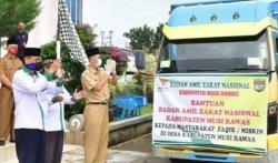 Baznas Musirawas Salurkan Beras 8,2 Ton untuk Warga Terdampak Covid-19 di Kecamatan Selangit