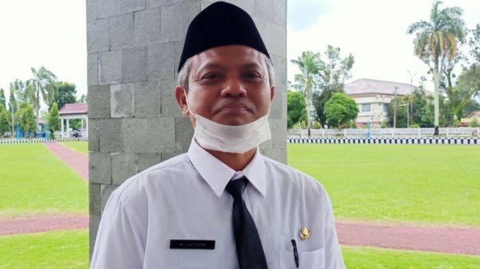 Kisah M Fathoni, 25 Tahun Jadi Guru Honorer di SD Negeri 1 Cengal Kabupaten Ogan Komering Ilir (OKI)