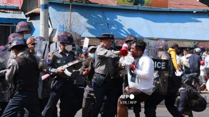 PERKANTORAN Lumpuh, JALanan Sesak Demonstran, Jenderal Myanmar Hilang Kesabaran, Skenariokan Ini