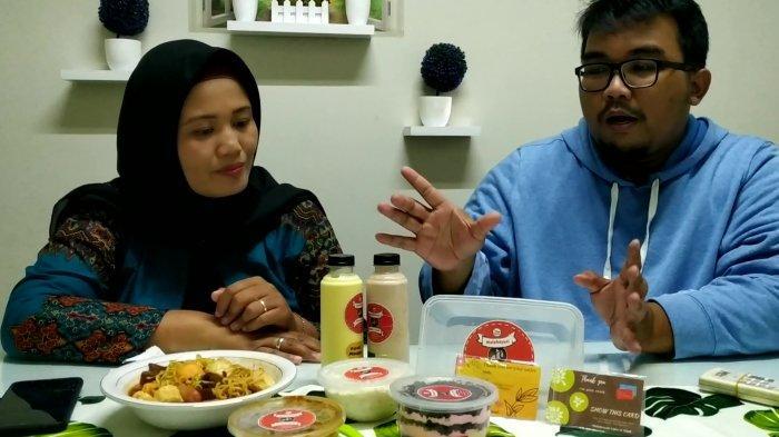 Tak hanya minuman, tim Lemak Nian Oi bahkan diberi kesempatan mencicipi beberapa produk unggulan Malahayati.