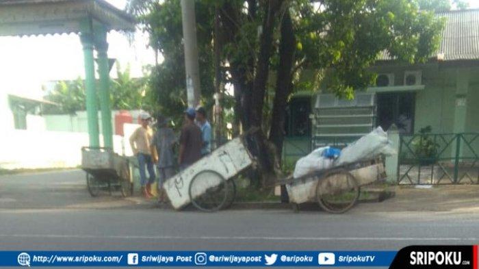 Fenomena 'Manusia Gerobak' Mulai Rusak Wajah Kota Palembang