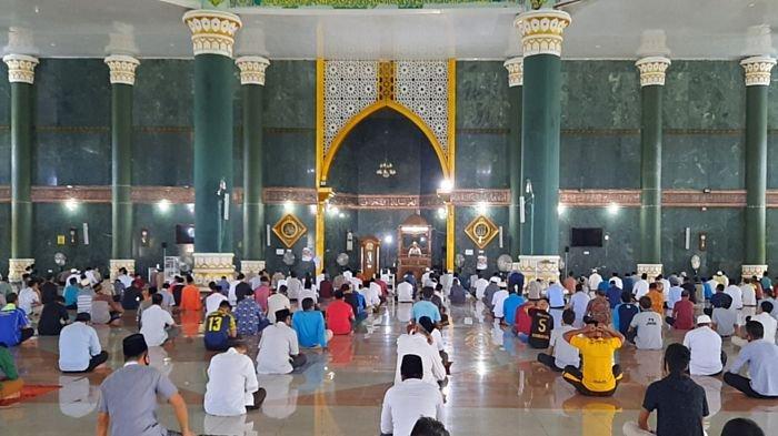 Resmi Kembali Dibuka, Bupati Musirawas Minta Seluruh Masjid tetap Terapkan Protokol Kesehatan