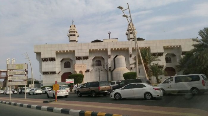 Arab Saudi Izinkan Jemaah Umrah Internasional, Syarat Karantina 14 Hari di Negara Ketiga