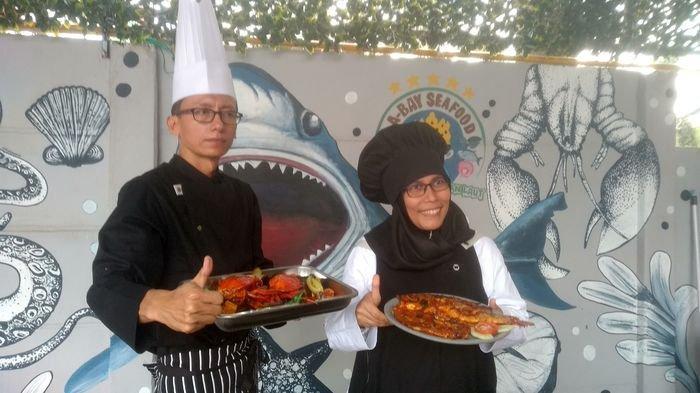 Makan Seafood di Palembang Cukup Bayar Lauk Saja, Gratis Nasi dan Es Teh, Cek Disini Lokasinya