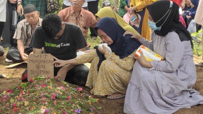 Tingkah Tak Biasa Meri Ansyah, Korban Tertimpa Truk Sebelum Meninggal, Firasat Diungkap Sang Ayah