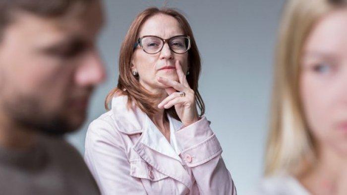 Tips Menaklukan Hati Calon Mertua, Coba Lakukan 6 Cara Ini Dijamin Lolos Jadi Menantu Idaman