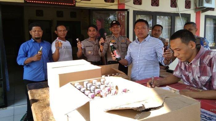 Polsek Kota Lahat Gagalkan Peredaran Ribuan Botol Minuman Keras Berbagai Merek dari Baturaja