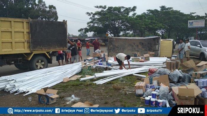 Dewi Gemetar Ceritakan Detik-detik Mengerikan Mobil Box Terbalik di Jalinsum, Suara Bedentum Keras