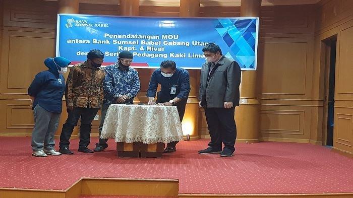 Pedagang Kaki Lima Sekarang Bisa Dapatkan KUR dari BSB Berikut Daftar Pasarnya di Palembang