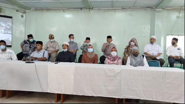 Keluarga korban Laskar FPI melakukan mubahalah, Rabu (3/3/2021).
