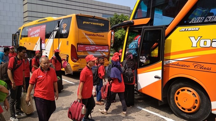 Program Pertama Lebaran 2018, Telkom Lepas 120 Peserta Mudik Gratis Padang dan Bukittinggi