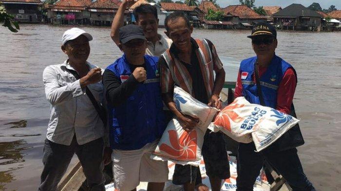 Bantuan Banjir Muratara Disalurkan, Pastikan Bantuan Tepat Sasaran - muratara-1_20170314_085456.jpg