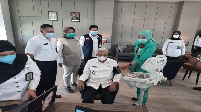 Wagub Sumsel Lakukan Vaksinasi Covid-19 Dosis Kedua di RSUD Siti Fatimah