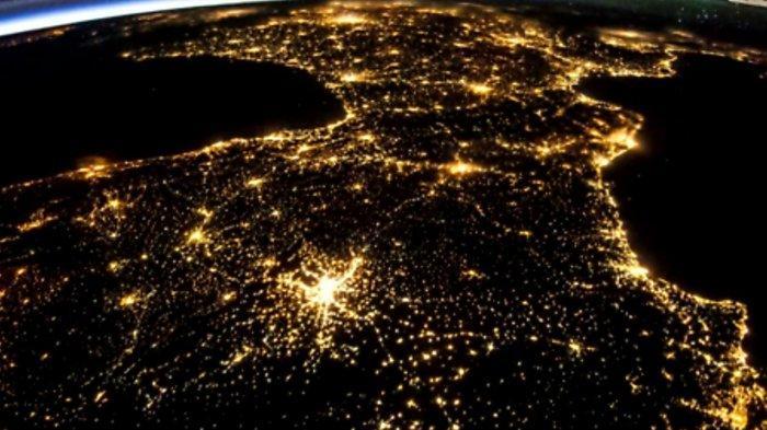 Inilah Negara Paling Terlihat Terang di Malam Hari Dilihat dari Stasiun Luar Angkasa, Dihiasi Lampu!