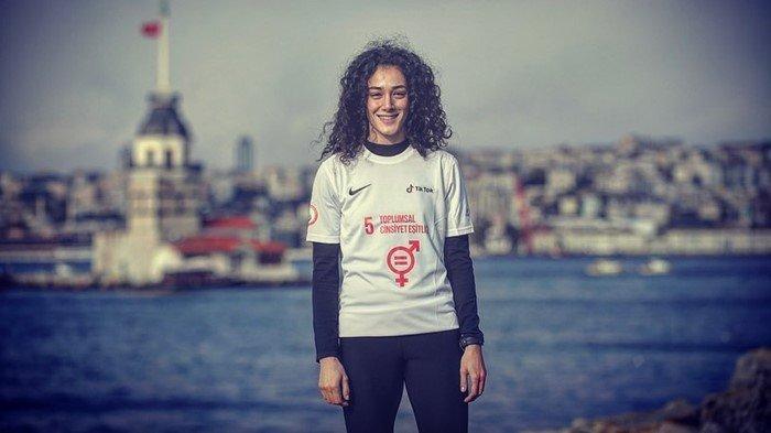 Berjasa Untuk Tim Indonesia di All England 2021, Tunggal Putri Turki Ini Sempat Jadi Cibiran Netizen