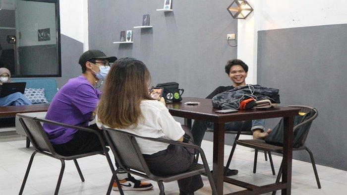 Rekomendasi Tempat Ngopi di Jalan Lunjuk Jaya Palembang, Ada Sandyakala Cofee Usung Tema Angkringan
