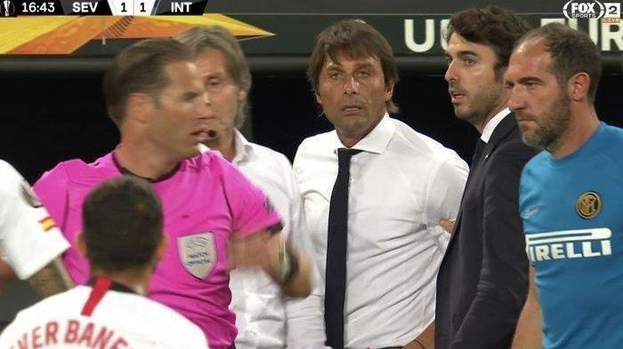 Selain Kalah, Antonie Conte Sempat Marah soal Ejekan Rambut Wig dan Tantang Pemain Sevilla Berkelahi