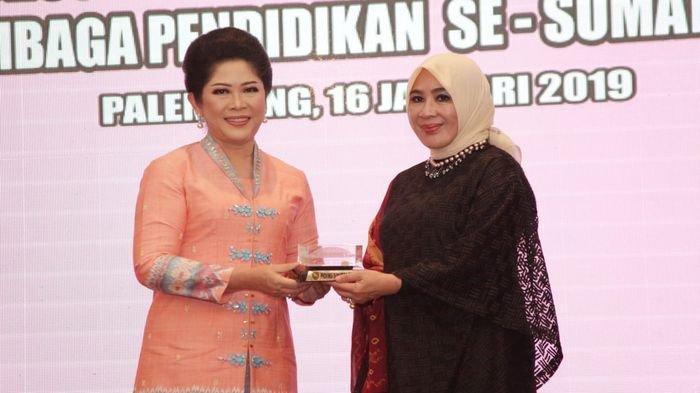 Tri Tito Karnavian Ajak Ibu-Ibu di Sumatera Selatan Cerdaskan Anak Bangsa