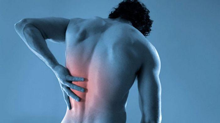 Waspada! 8 Aktivitas Sehari-hari ini Bisa Mengancam Kondisi Tulang Belakang Anda