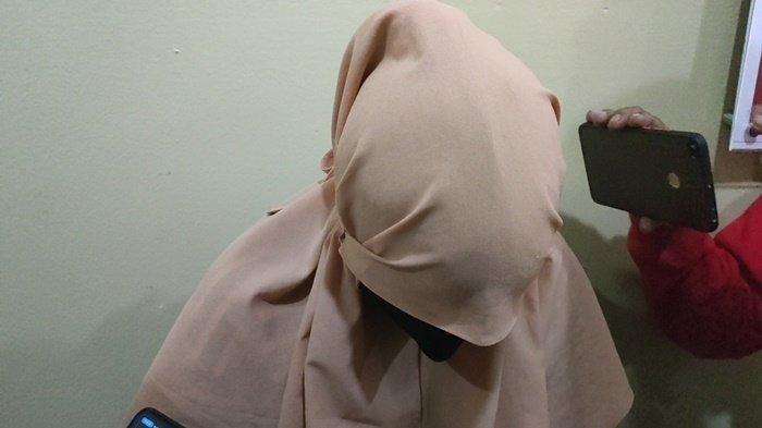 Niat Bantu Malah Buntung, Mahasiswi di Palembang Perdayai Penjaga Konter, Uang Puluhan Juta Raib