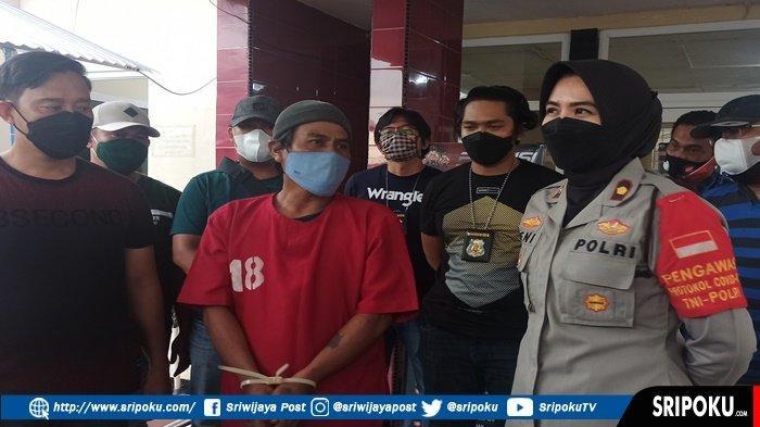 Tukang Sol Sepatu Ini Gagal Berangkat ke Jakarta, Dijemput Petugas Polsek dan Berlebaran di Penjara