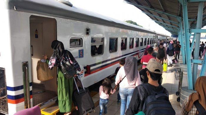 Tiket Pesawat Mahal, Warga Palembang ini Pilih Mudik Lewat Jalur Darat